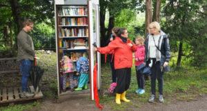 Read more about the article Herzliche Einladung nach Zweenfurth zur Büchertelefonzelle und ins Parthe-Cafe